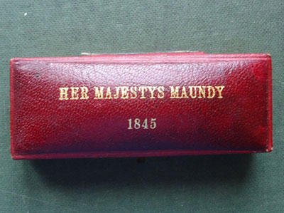1845 maundy set case