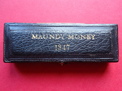 1847 maundy set case