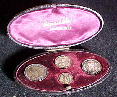 1894 oval maundy set case