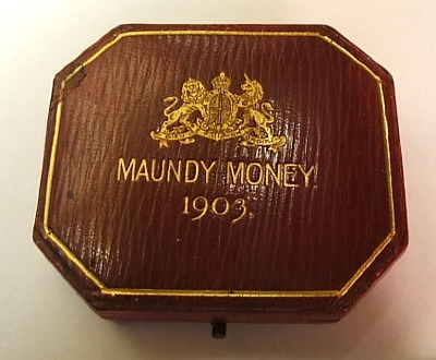 1903 red maundy set case