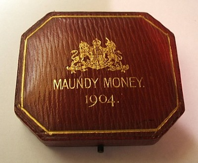 1904 maundy set case