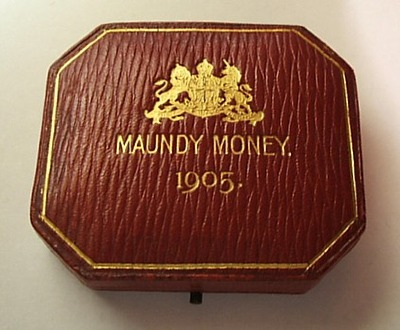 1905 maundy set case
