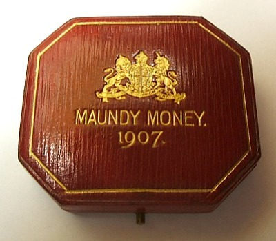 1907 maundy set case