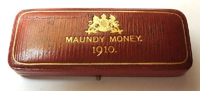 1910 maundy set case