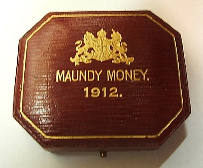 1912 maundy set case