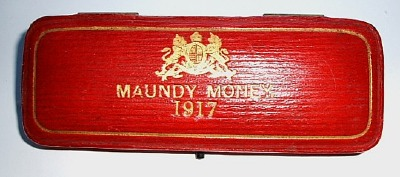 1917 maundy set case