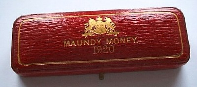 1920 maundy set case