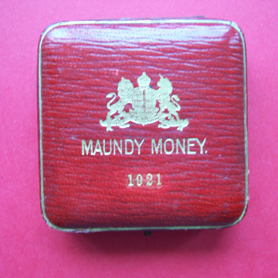 1921 maundy set case