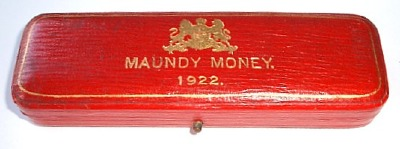 1922 maundy set case