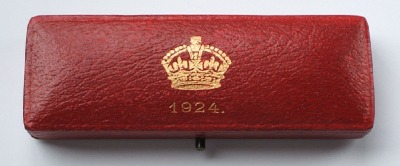 1924 maundy set case