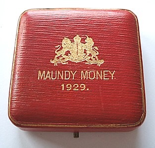 1929 maundy set case