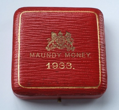 1933 maundy set case