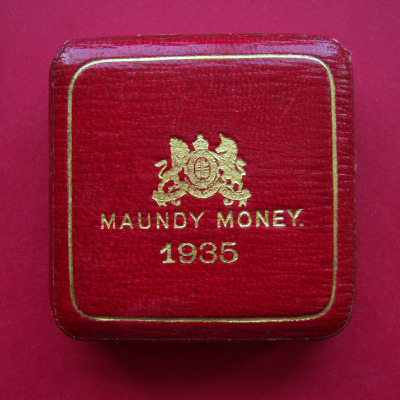 1935 maundy set case