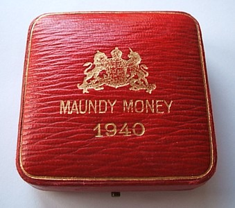 1940 maundy set case