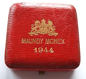 1944 maundy set case