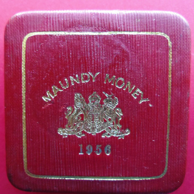 1956 maundy set case