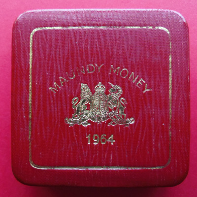 1964 maundy set case