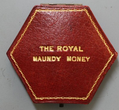 Edward VII hexagonal maundy case