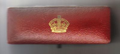 Undated, oblong maundy case with Royal Mint logo C1920s