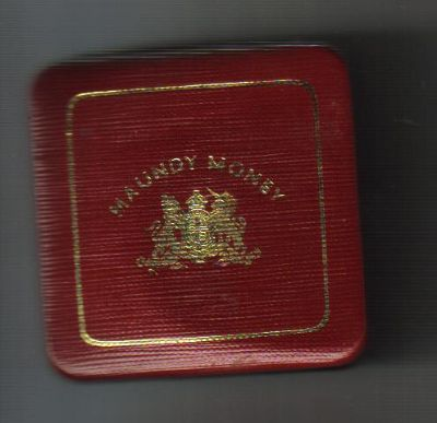 Elizabeth II square Royal Mint case