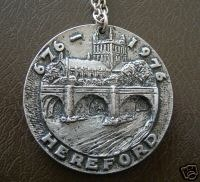 1976 Medallion given to the Mayoress Mrs Joan Predergast obverse